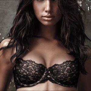 Victoria's Secret Very Sexy Balconnet Lace Bra